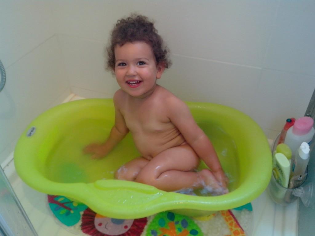 C'est une baignoire pour bébé pauvre chérie img_20130729_192239